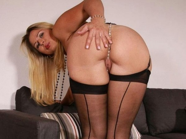 #wetpussy #sexcam #sexyphotos #sexyblonde #sexybabes...