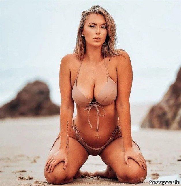 -  LinkMedia in topic Bikini Babes by PicHunter