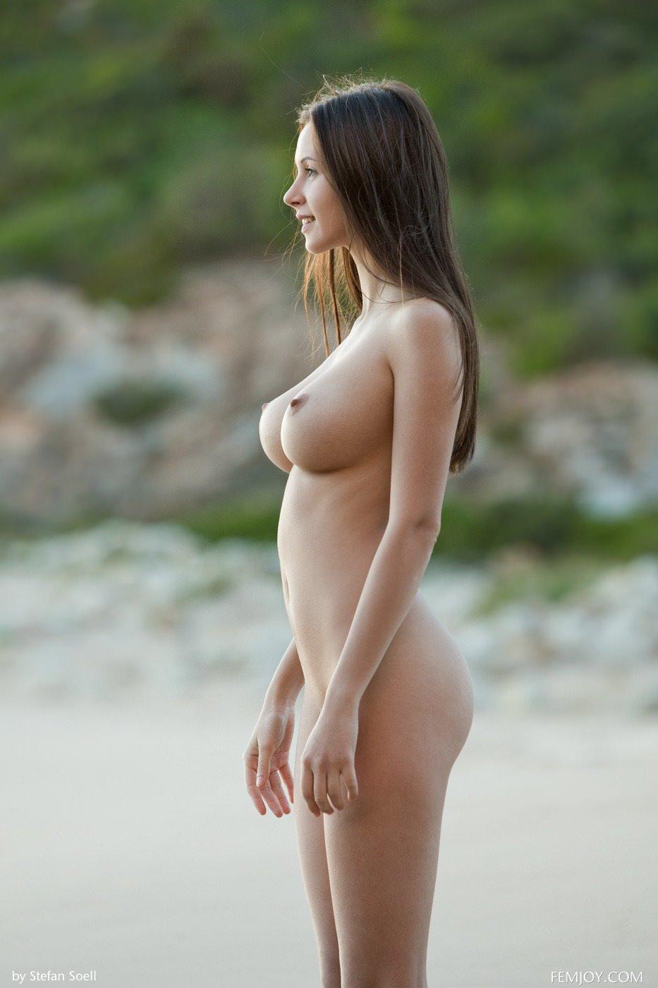 tumblr_p8saot6sIh1r5rcpjo1_1280.jpg -  Link in topic Babes by Rocketman