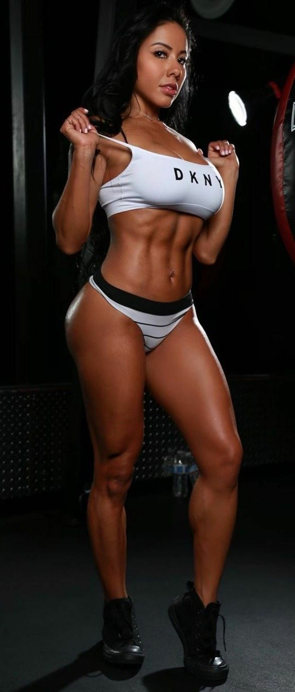 -  LinkMedia in topic Fitness Beauties by PicHunter