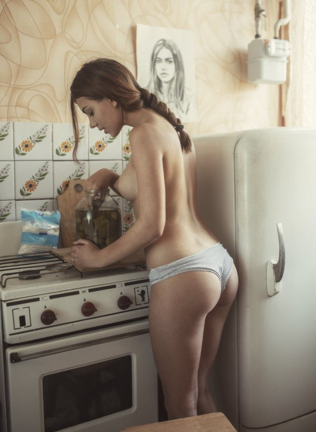 Post in topic Perfect housewife by girlsyoudreamof