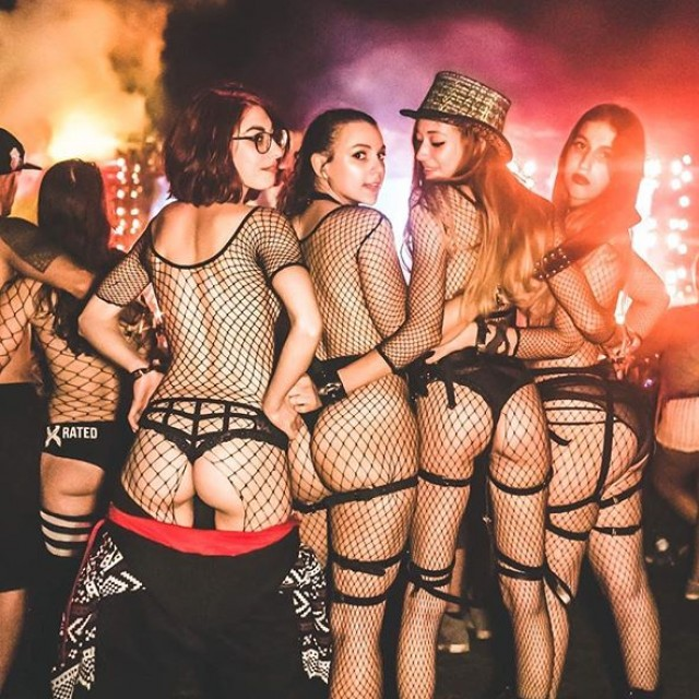Rave Girls