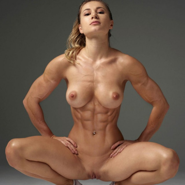 Sexy Female Muscle and Fitness