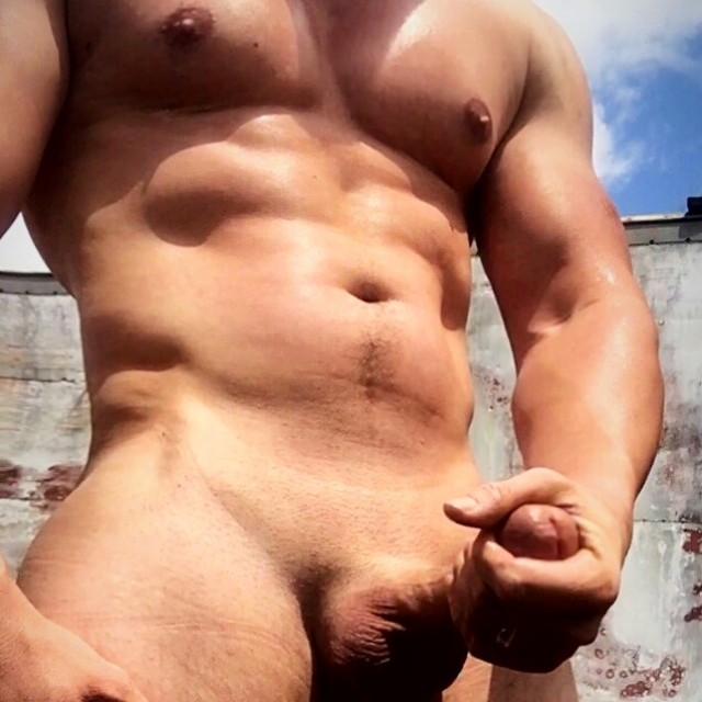 """Bradley Muscle Body and 8"""" Cock"""
