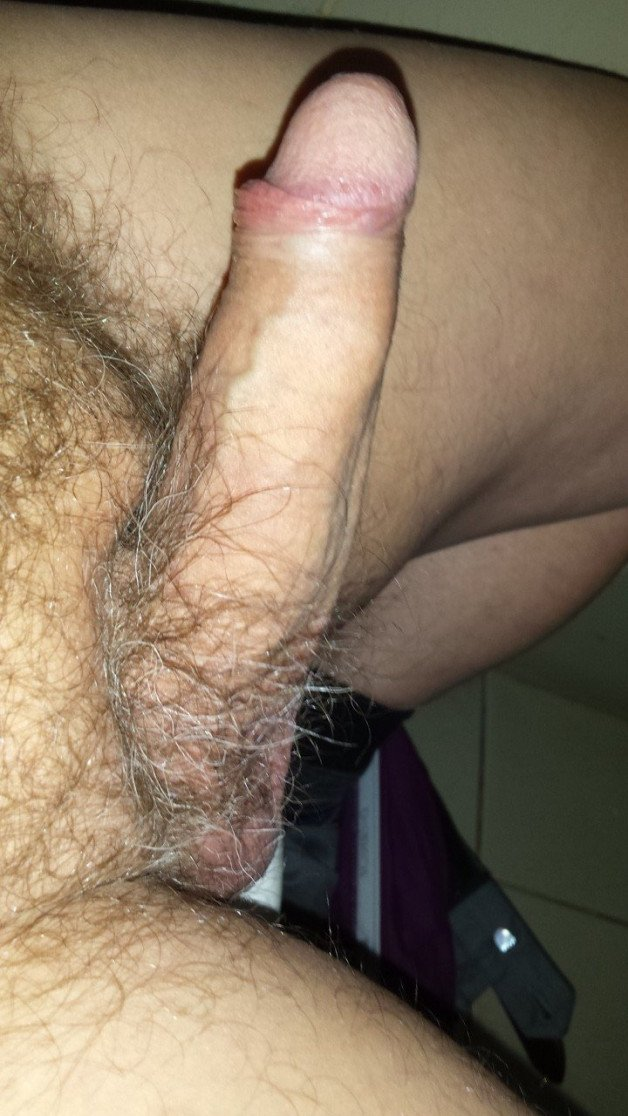 Post in topic Cocks with foreskin by Smitty