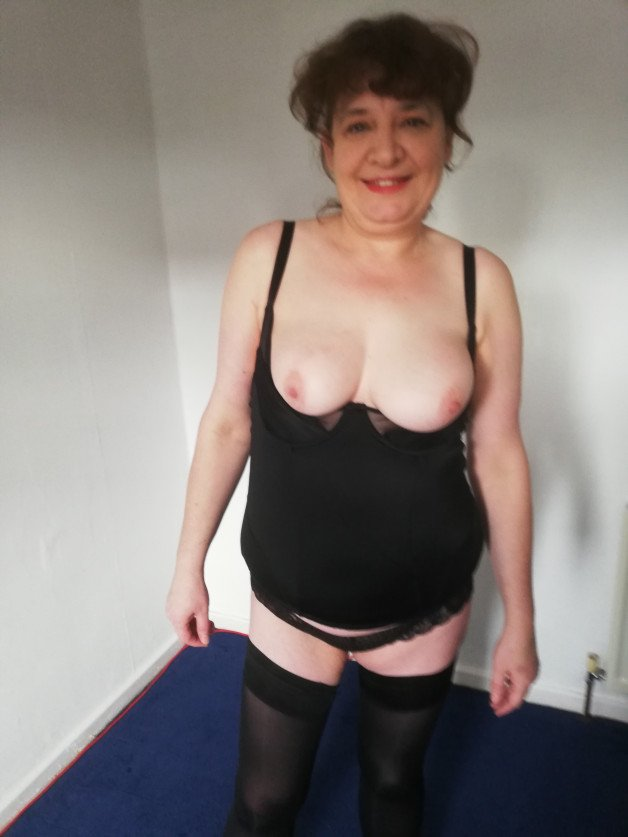 Album in topic Amateur hot wife by kinky46