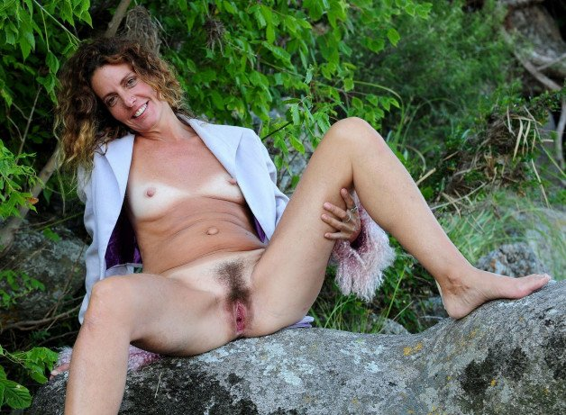 sitting on the stones...-  Photo in topic hairy pussy by potvora13