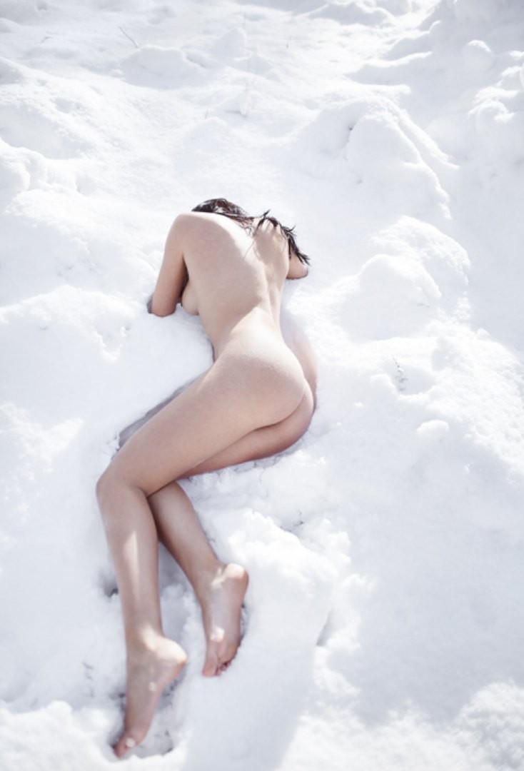 Is Naked Time In The Cold The Secret To Staying Young