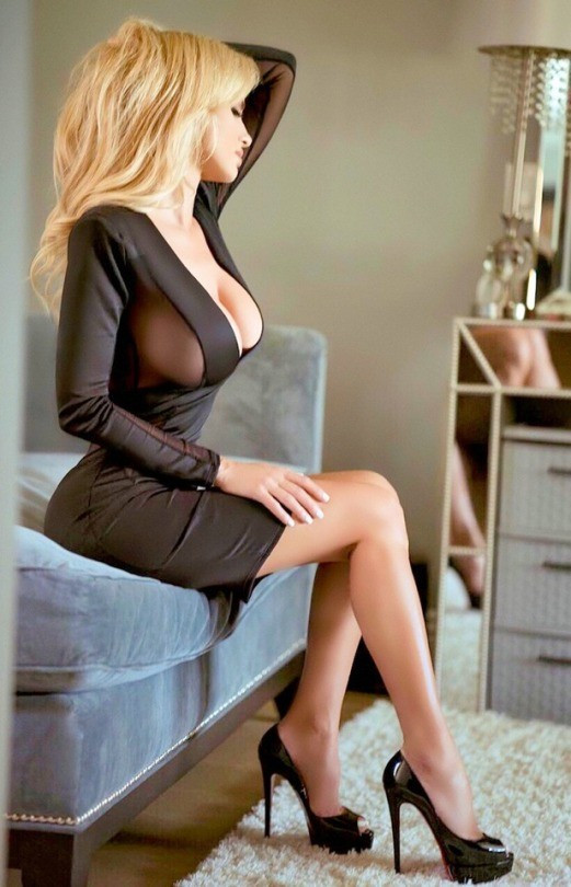 Photo in topic tightdresses by HotandHotterwomen