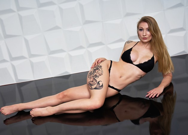 Check out the sexy #FionaFuchs!  Catch her on #MyDirtyHobby!...