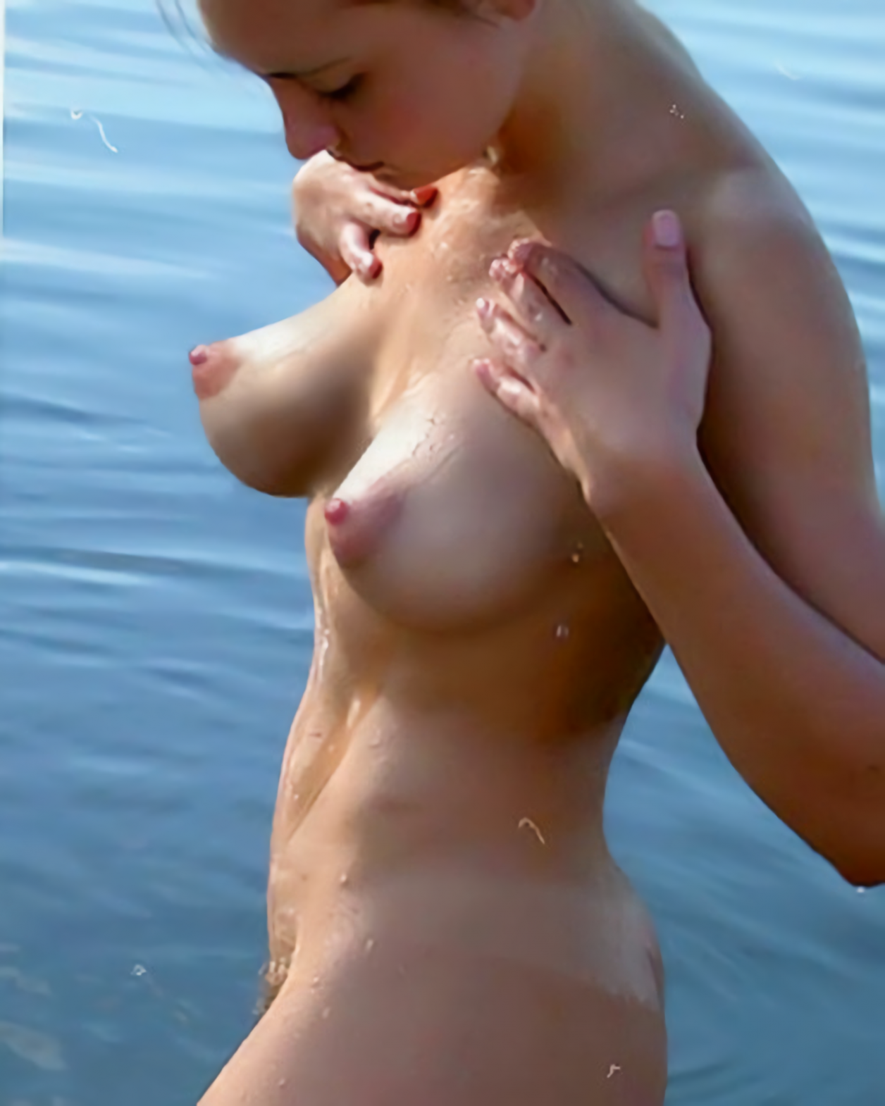 Mocha Skinned Hottie With Giant Tits And Big Nipples Posing
