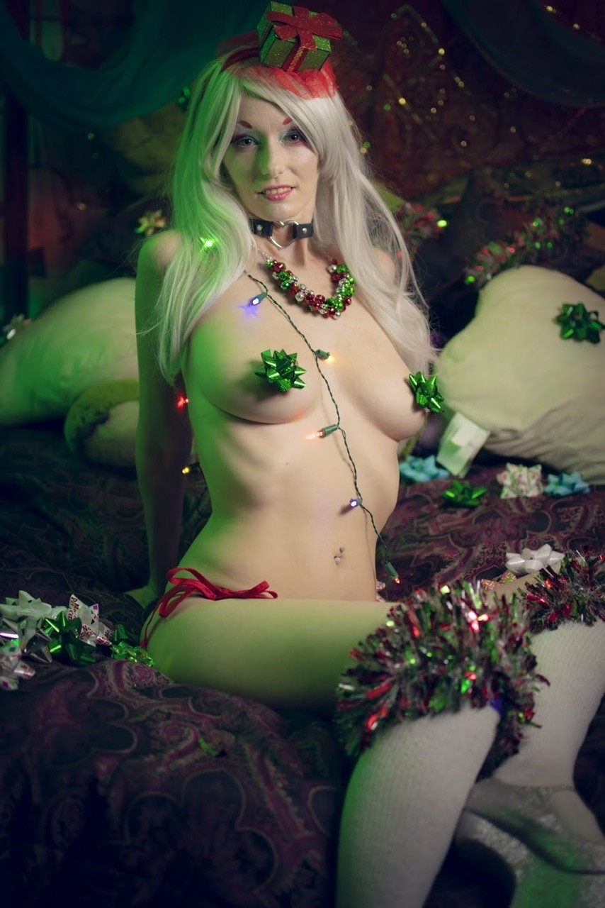 its that time of year-  Album in topic Cosplay by Jennifae Cottontail