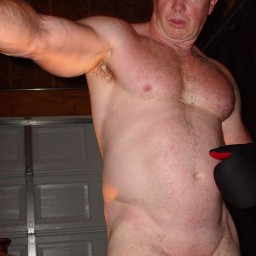 Naked Muscle Daddies from GLOBALFIGHT profiles FEEL FREE TO...