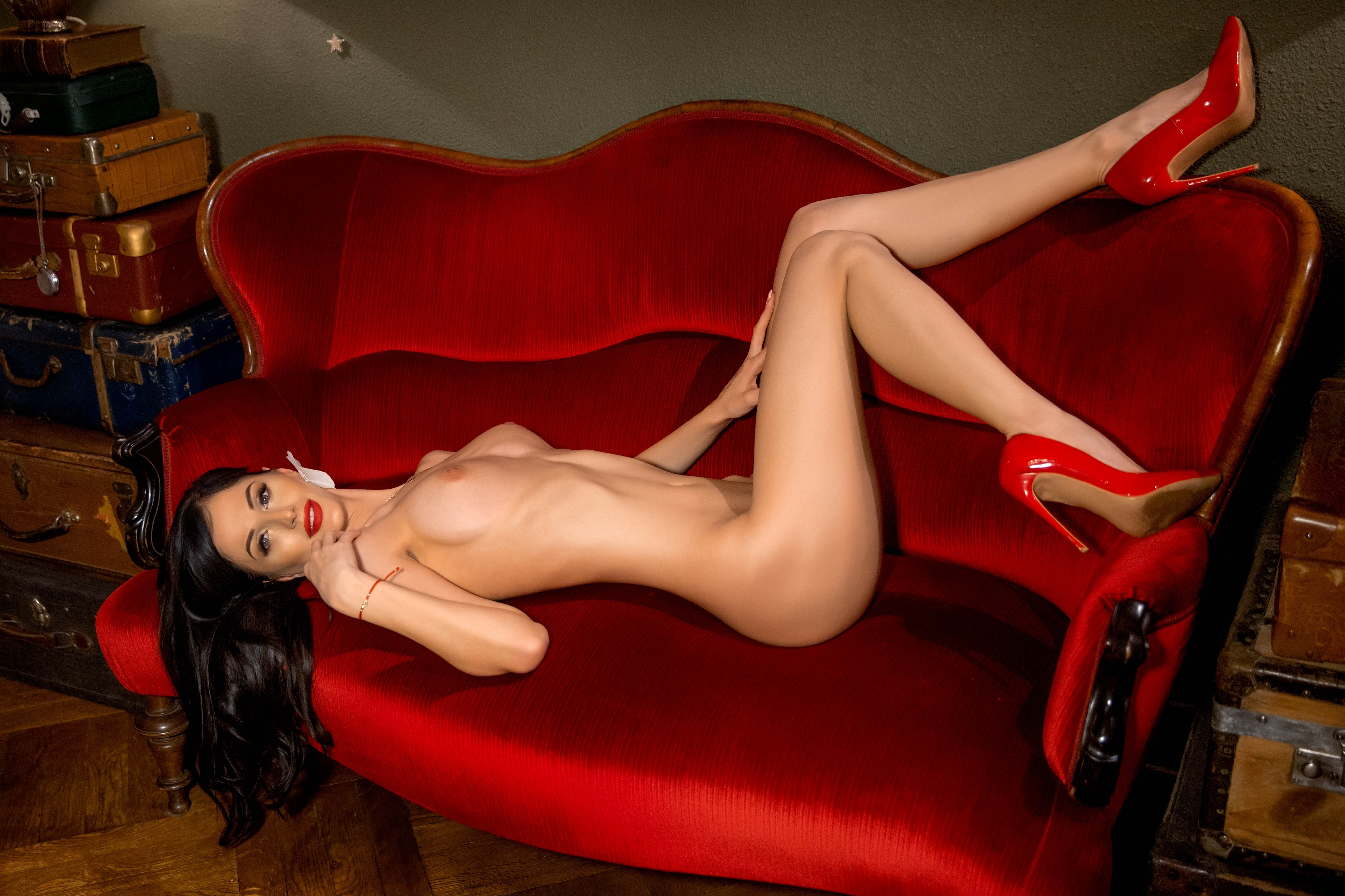 You can find her on www.webgirls.com There you can find a...