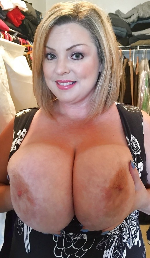 Photo in topic Awesome Milfs by BbwLuva29