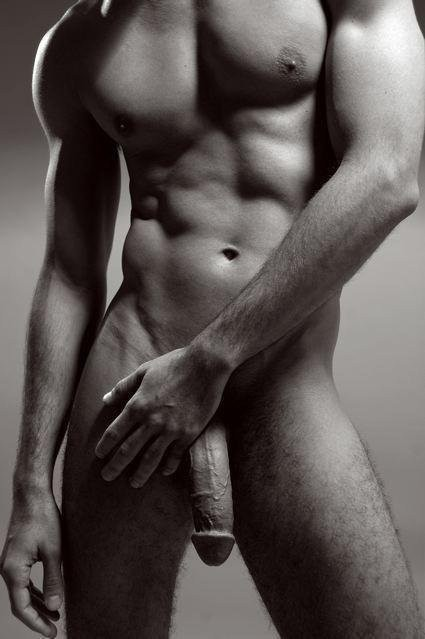 Post in topic Black and White Erotica by SwitchedOnHedo