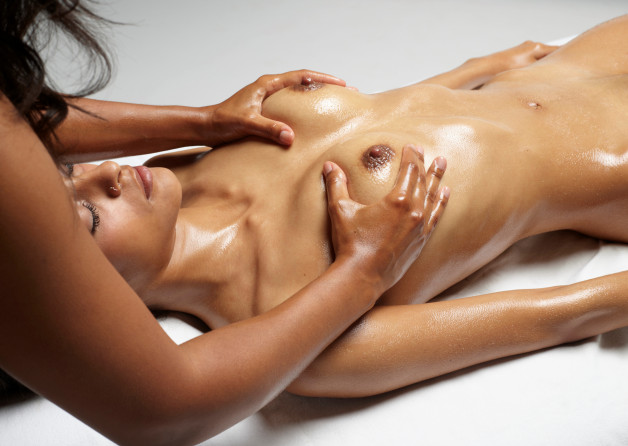#Clau loves her #NakedSunday massages.-  Photo in topic Massage by sunflower22a