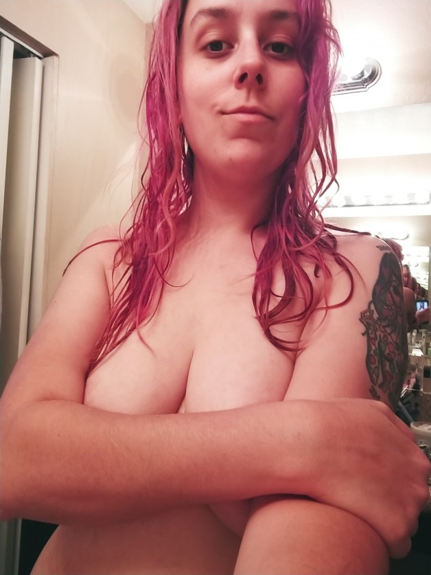 More uncensored content on my OF, only freebies here...