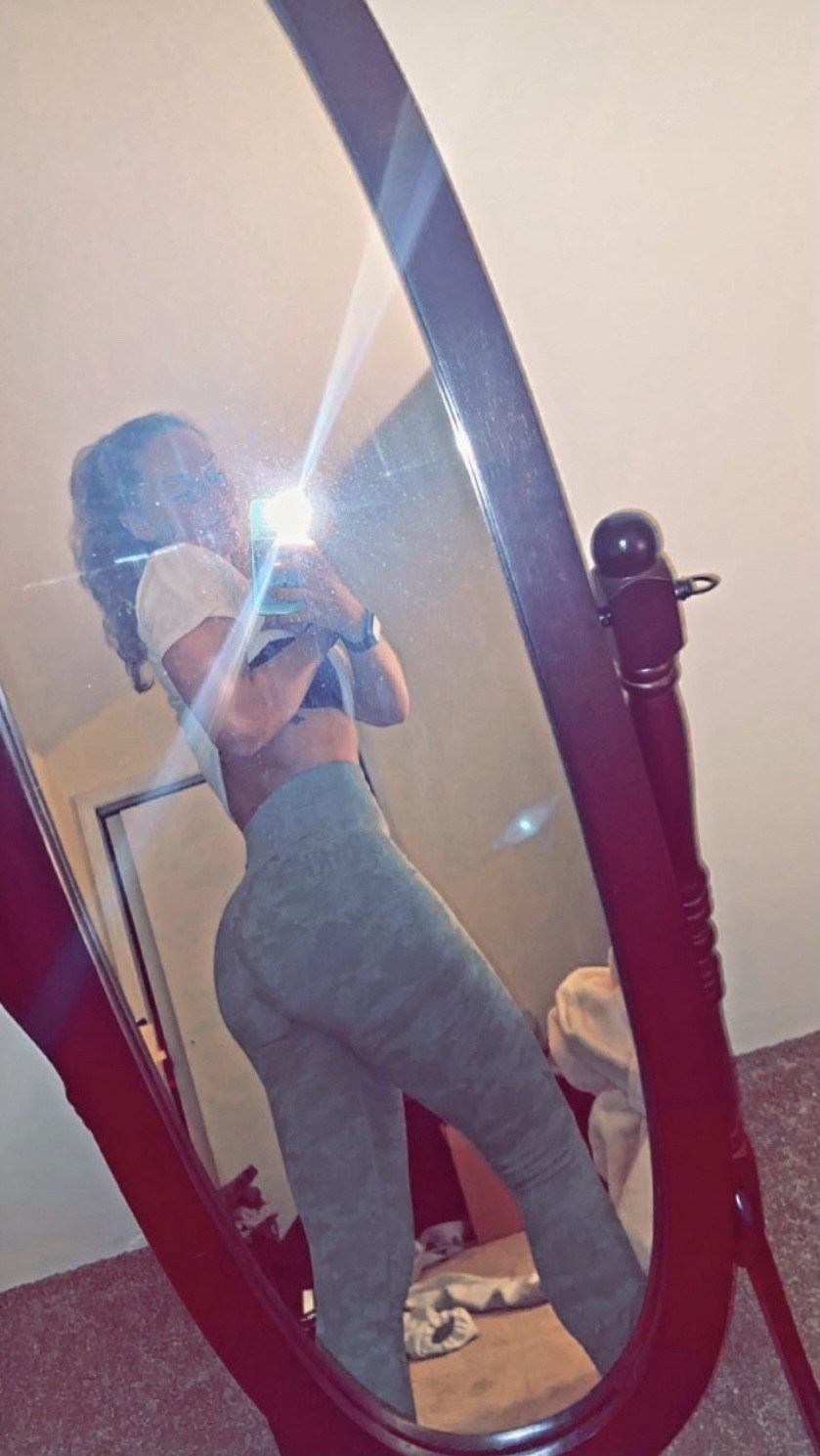 Photo in topic Yoga Pants, Ass, Creep Shots, Heels, Legs by Glass123