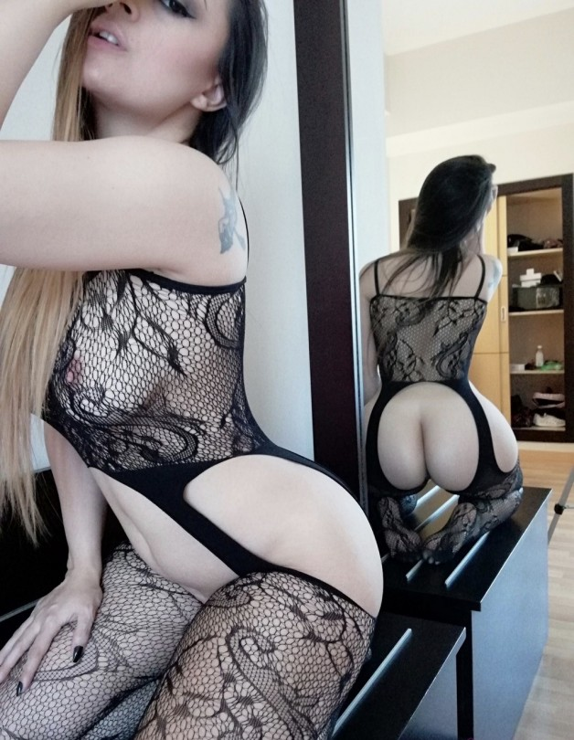 hot damn Post in topic Stockings by BearTurbation