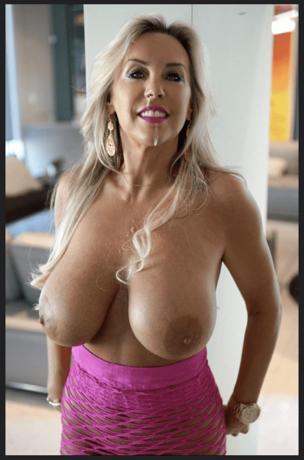 my stepmother looks so sexy after i creamed her face!!🔥😍-  Post by Paddie