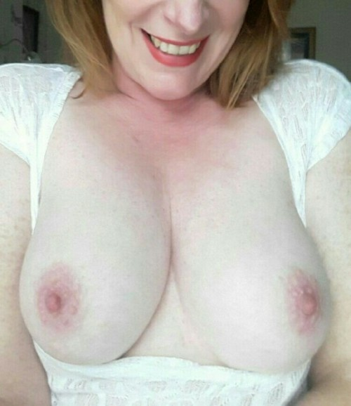Post in topic Awesome Milfs by kissmyass3