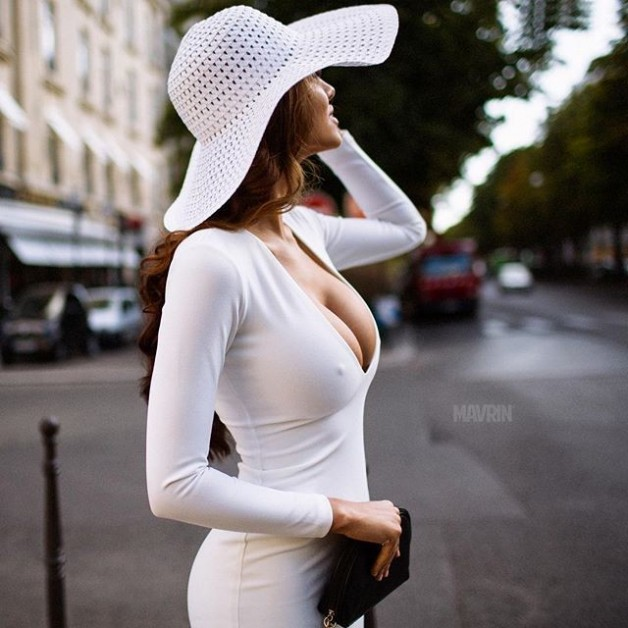 Post in topic tightdresses by Tarnna