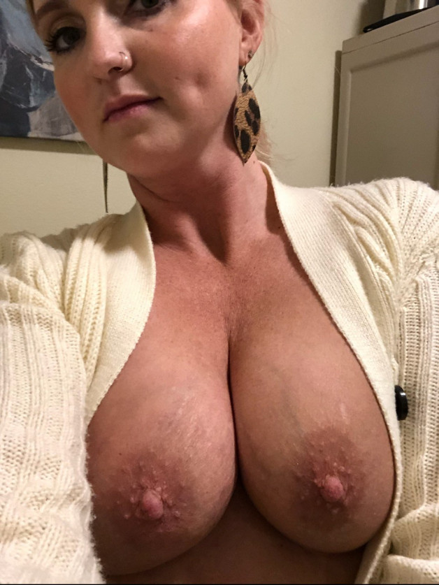 Post in topic Awesome boobs by GoddessElea