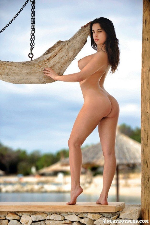 #enafriedrich #brunette #wonderful #nicetits #body...
