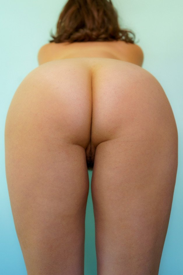 My Dears, once again, #humpday is upon us! I offer my humps...