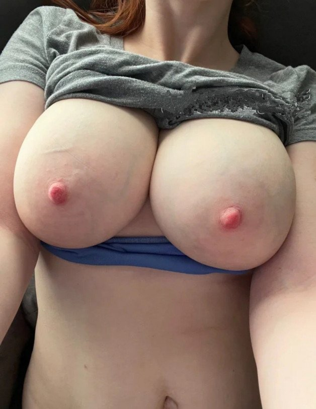 Post in topic BOOBS by Aafuck
